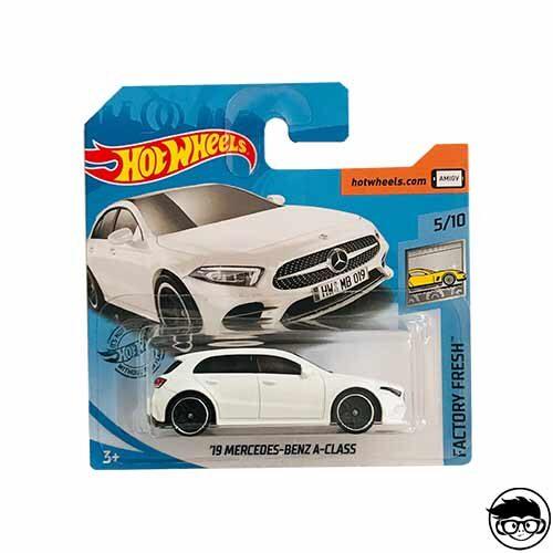 hot-wheels-factory-fresh-19-mercedes-benz-a-class-short-card