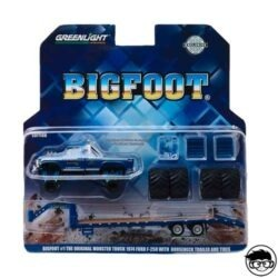 greenlight-bigfoot-the-original-monster-truck-1974-ford-f250-with-gooseneck-trailer-and-tires-card