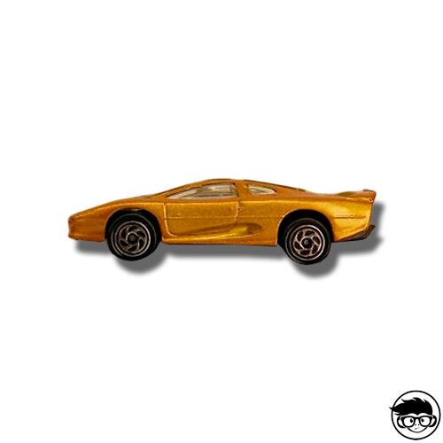 matchbox-75-challenge-jaguar-xj-220-loose
